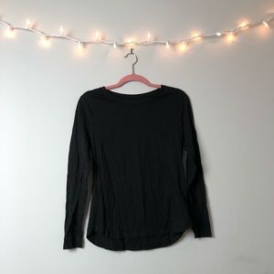 Old Navy Black Long Sleeve Tee